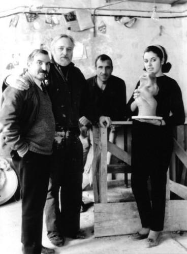 Da sinistra Eliseo Salino, Asger Jorn, Giovanni Poggi e Silvana Priametto